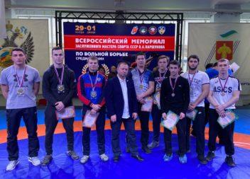 Эжвинские борцы взяли медали на всероссийском турнире по вольной борьбе