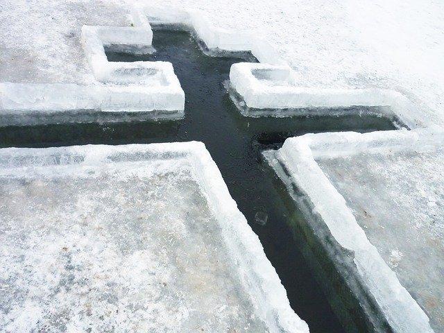 В Эжвинском районе пройдет традиционное Крещенское купание