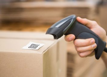 С 1 июля 2020 года маркировка станет обязательна для табака и обуви